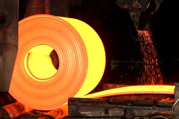 مدیرعامل ایمیدرو: تولید فولاد کشور در افق 1404 به 55 میلیلون تن خواهد رسید