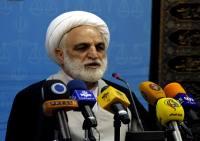 برخی زبانشان به دروغ گویی باز شده/ لاتی فحاشی می کند و مردم جمع شده اند / بی پایه حرف زدن احمدی نژاد شهره عام و خاص است