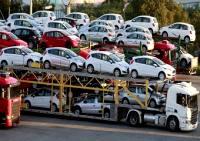 معاون وزیر راه و شهرسازی: ناایمنترین خودروهای جهان ایرانیاند/رییس سازمان راهداری: خودروهای داخلی ایمن نیستند؛ ماشین وارد کنید