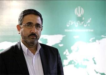 احمدی لاشکی: برای جذب بودجه اشتغال روستائیان باید بتوانیم طرح های بیشتری ارائه دهیم/ تنها 5مجموعه مالی اجازه ورود به این طرح را دارند