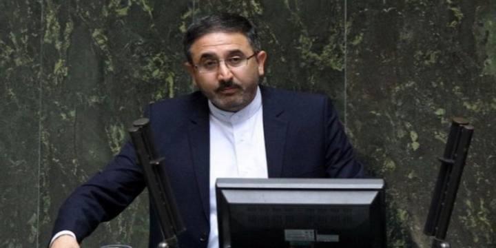 احمدی لاشکی: آخوندی از وزارت راه برود