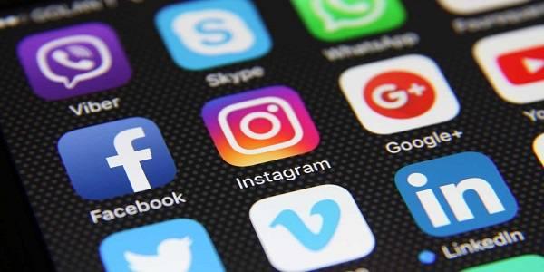 صرف وقت کاربران ایرانی درشبکههای اجتماعی/۳۰ برابر مطالعه روزنامه