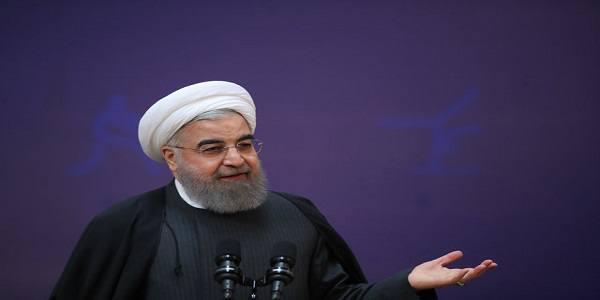 روحانی: هر کشوری دور خود دیوار بکشد نابود میشود و پیشرفت نمیکند