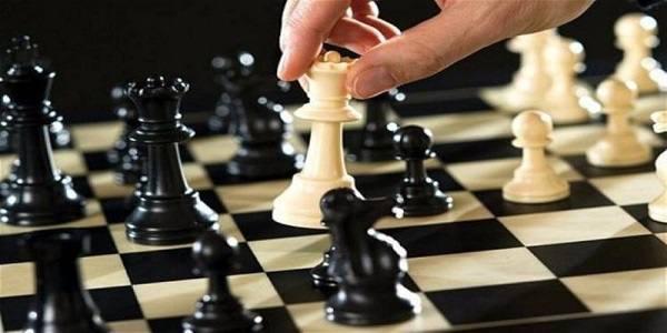 رخ نمایی سیاسیون در شطرنج انتخابات