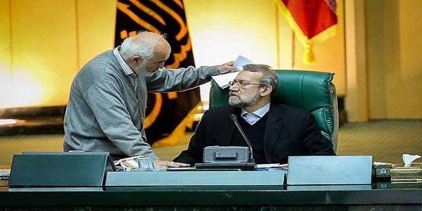 توکلی خطاب به لاریجانی: نمایندگان فاسد را از ورود به مجلس منع کنید