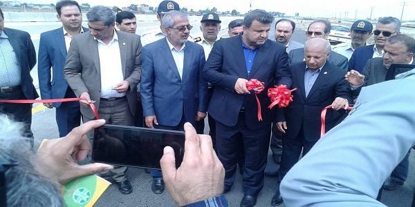 جرثقیل موبایل ساحلی در بندر امیرآباد به بهره برداری رسید