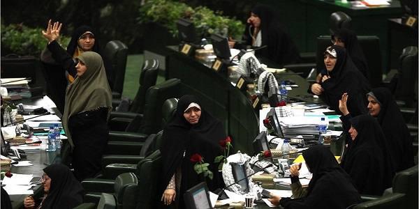 اولادقباد، رئیس فراکسیون زنان /ناهید تاج الدین،نایب رییس اول/سیده حمیده زرآبادی،سخنگو