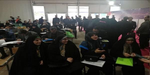 زنان اصلاح طلب مجلسی در انتخابات یازدهمین دوره مجلس شورای اسلامی ثبت نام کردند