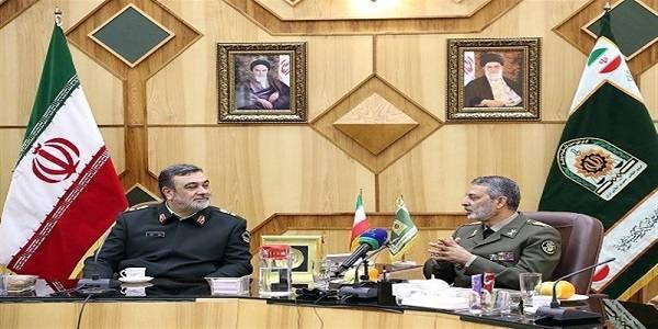 سرلشکر موسوی: اگر خودمان مشکلی ایجاد نکنیم دشمنان نمیتوانند به ما ضربه بزنند