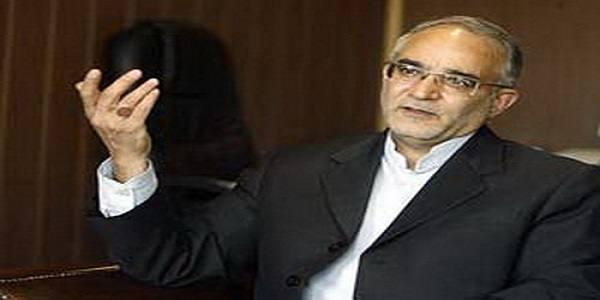مصری: هیات رئیسه طبق آیین نامه با استیضاحها برخورد میکند
