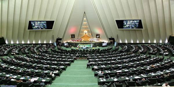 تقلیل جایگاه مجلس مهمتر از رییس نشدن عارف